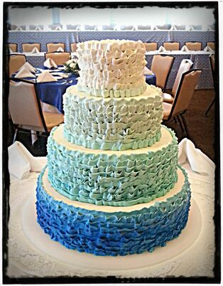 Grand Rapids Bakery Wedding Cakes