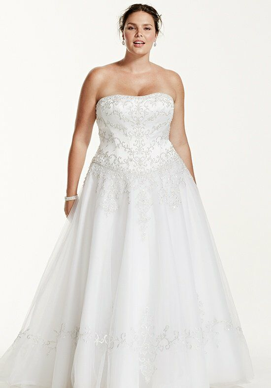 David's Bridal David's Bridal Woman Style 9WG9927 Wedding Dress photo
