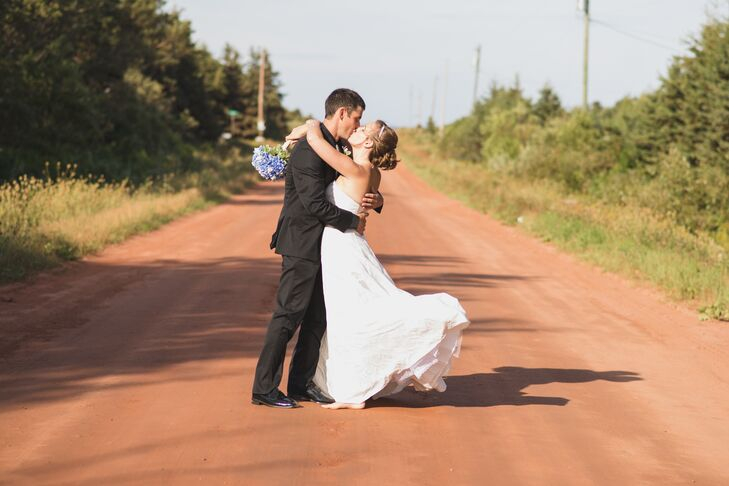 An Elegant Beach Wedding At The Loyalist Country Inn In Summerside Prince Edward Island