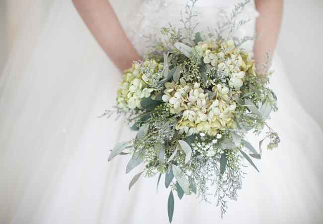 Photo: Sara Kauss Photography // Featured: The Knot Blog
