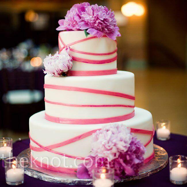 pink crisscross cake
