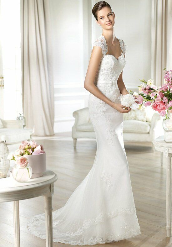 WHITE ONE Jadaya Wedding Dress photo