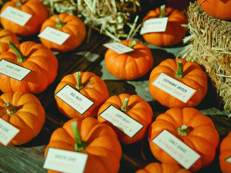 13 Stylish Halloween Wedding Ideas