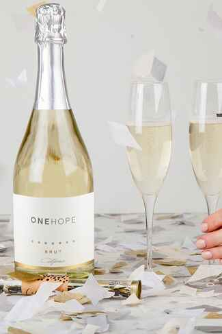 Champagne delivery from ONEHOPE Wine