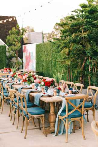 Red and blue outdoor wedding color scheme