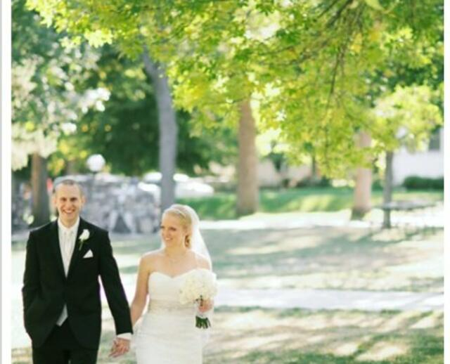 A Traditional Blue Wedding In Sioux Falls SD