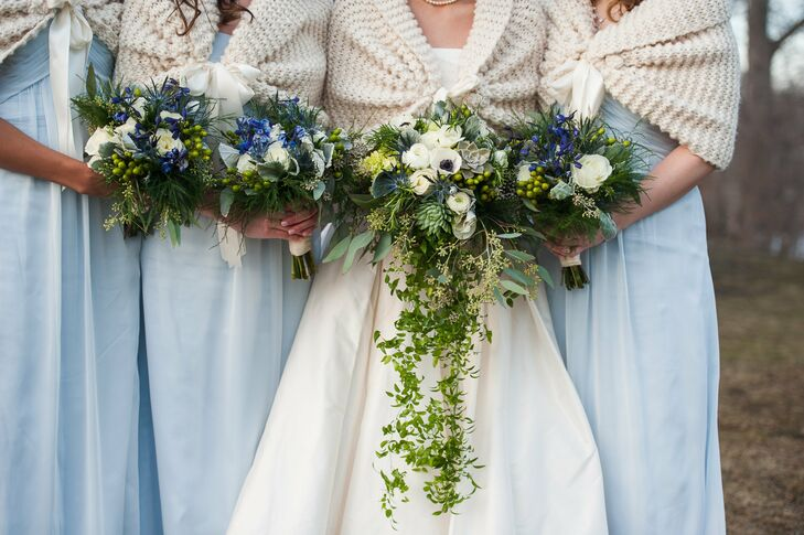 Kate's lush bouquet was a lovely arrangement of succulents, ranunculuses, anemones, hydrangeas and a long train of greenery.