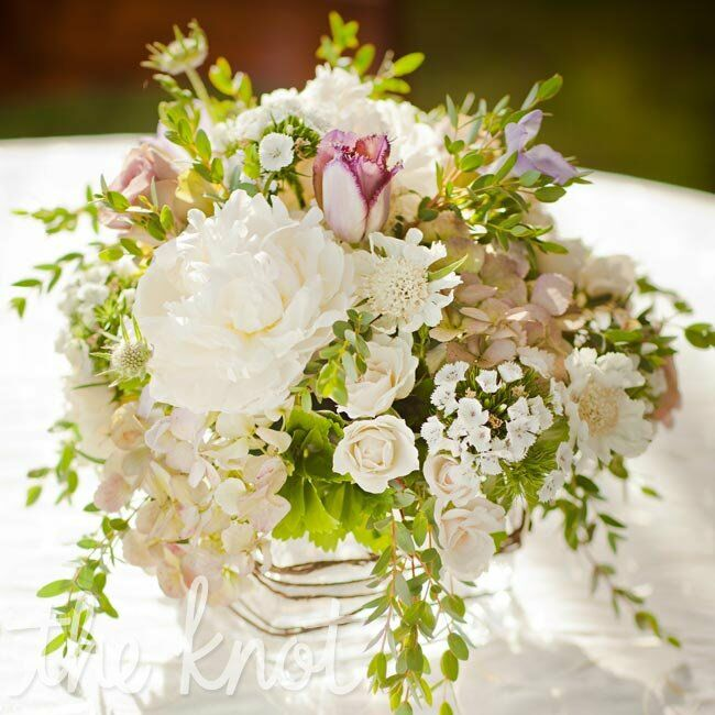 Overflowing white centerpieces