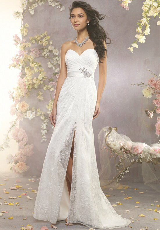 Alfred Angelo Signature 2411 Wedding Dress photo