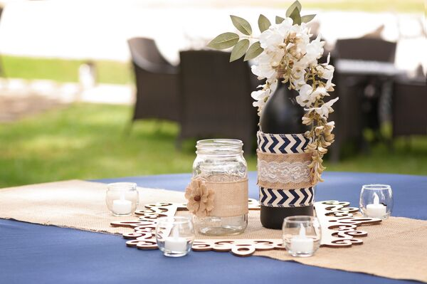 Rustic beach wedding decorations accents rustic burlap and chevron wrapped centerpieces junglespirit Gallery