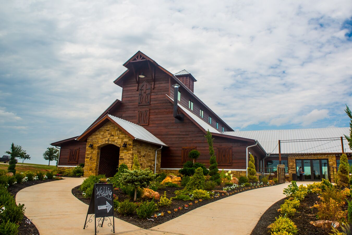 southwind hills in goldsby  oklahoma wedding venue