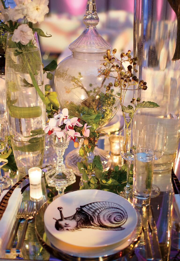 Jung Lee's terrarium wedding reception table decor