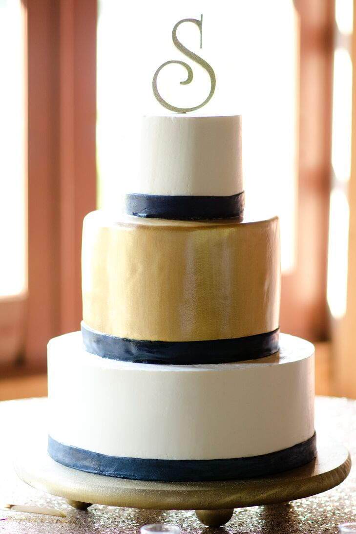 navy blue gold and white wedding cake a navy and gold wedding at the at senate s end in 17768