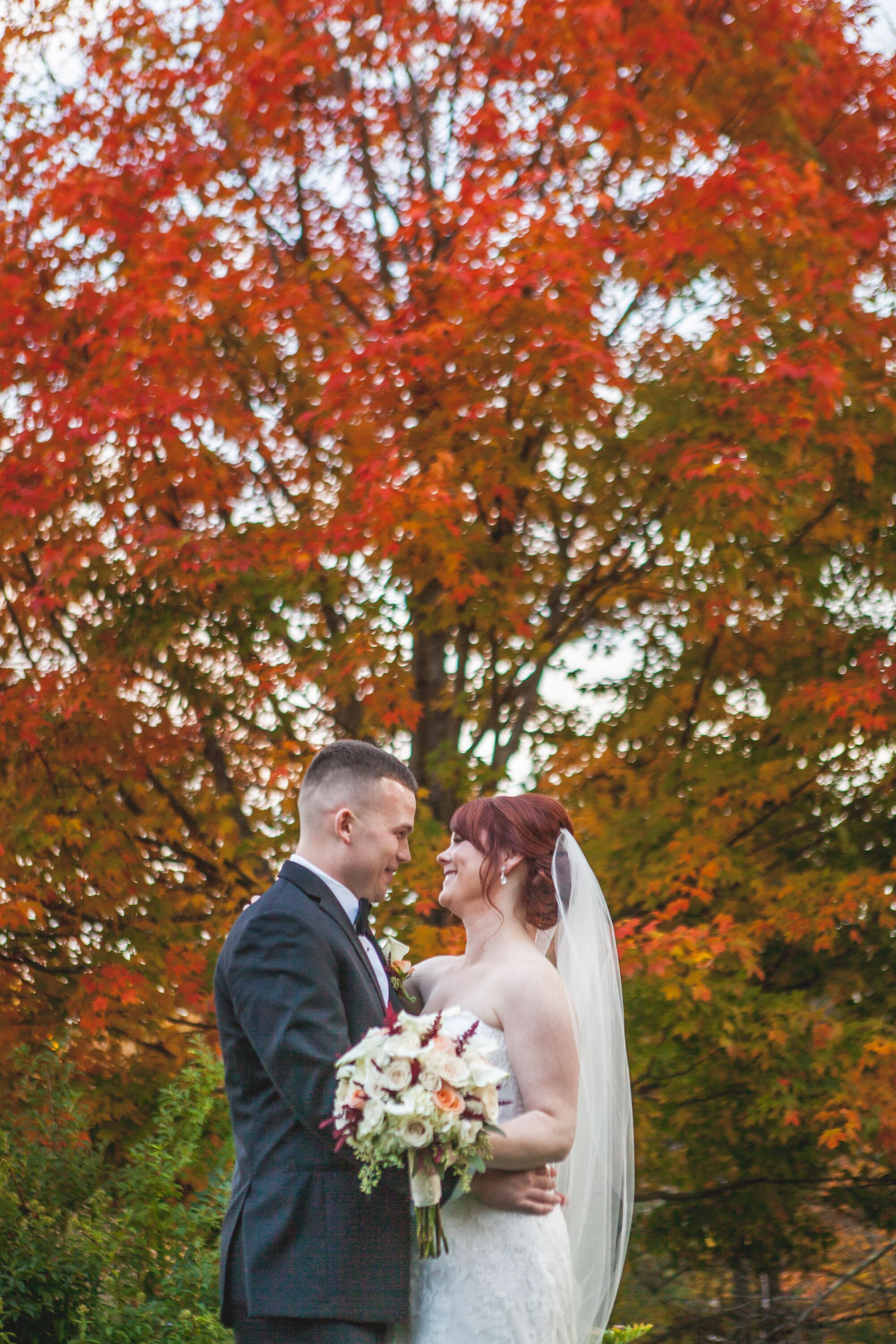 A rustic fall wedding at the bedford village inn in for 101 salon bedford nh