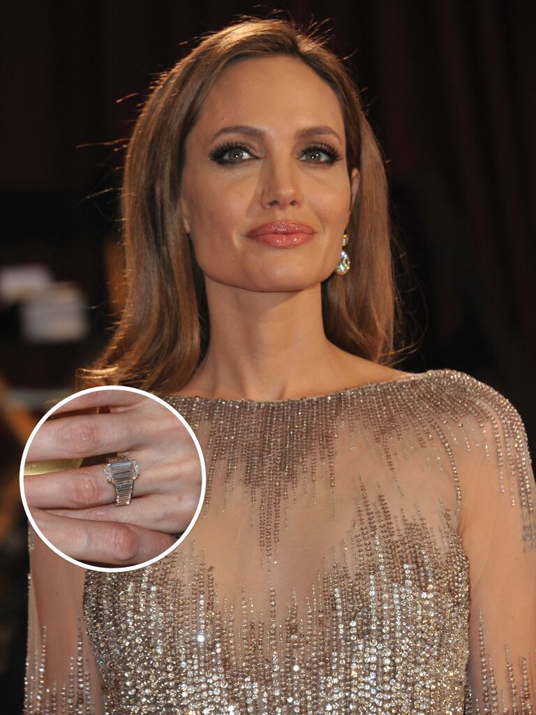 Angelina Jolie's Engagement Ring From Brad Pitt