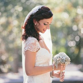 Vintage wedding hairstyles vintage brooch bridal bouquet junglespirit Image collections