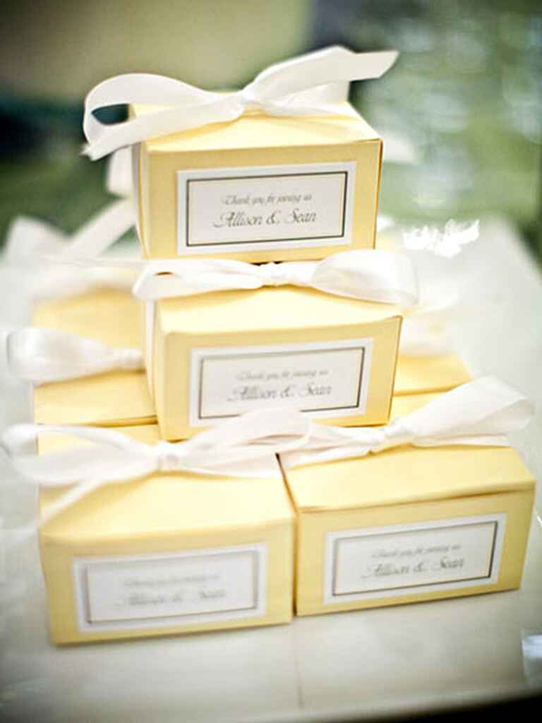 Favors for a creative wedding reception menu idea