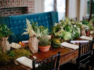 Green wedding with farm-to-table decor and food menu