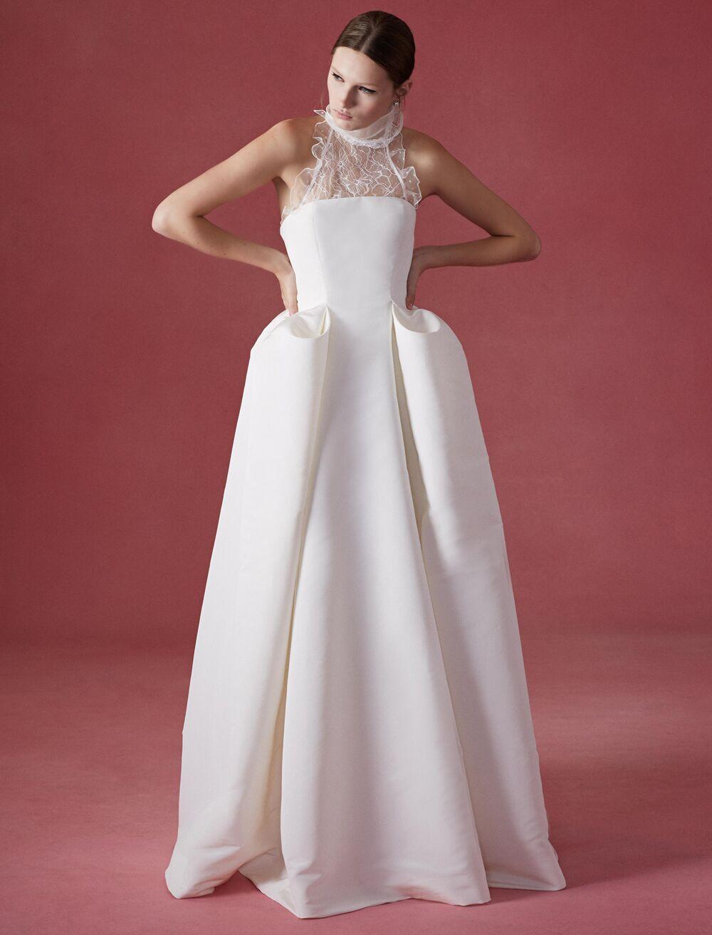 Oscar de la Renta Fall 2016 Collection: Wedding Dress Photos