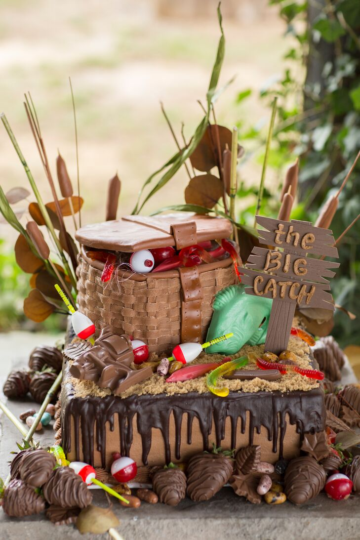Rustic Groom S Cake With Tackle Box