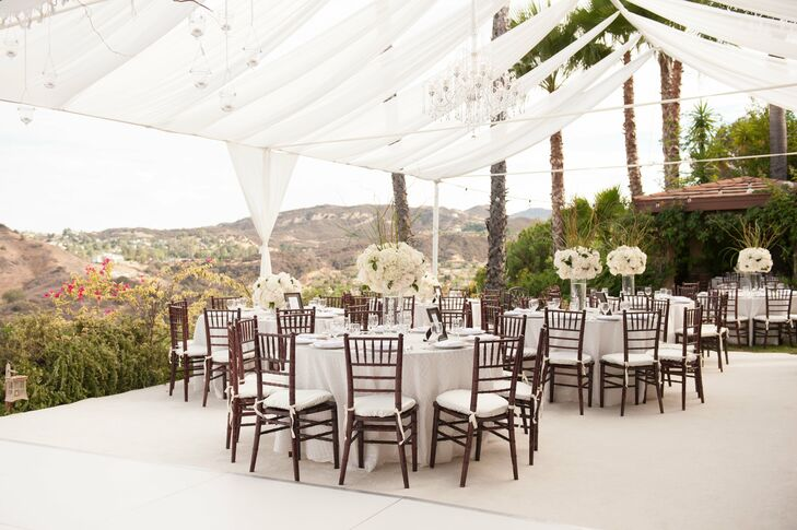 an at home wedding in los angeles california. Black Bedroom Furniture Sets. Home Design Ideas