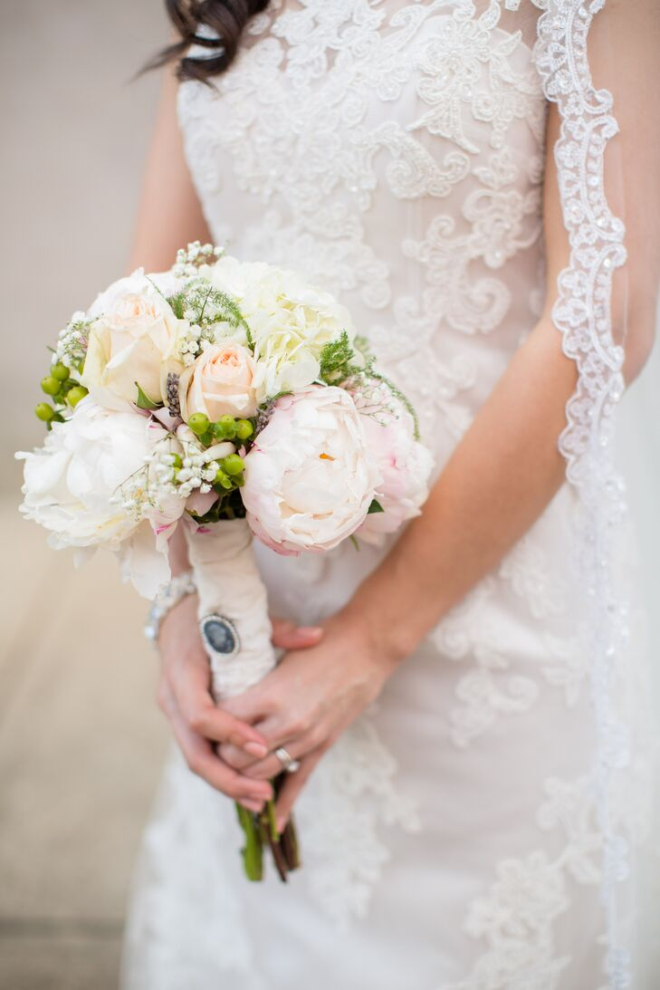 a vintage wedding at the stoneybrook west golf club in winter