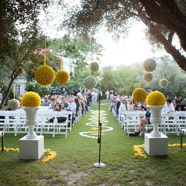 Garden Wedding Decoration Ideas: Sunset Wedding Ceremony