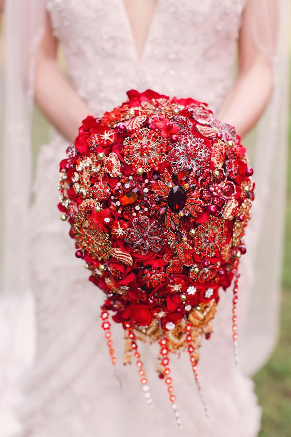 Gold Wedding Bouquets