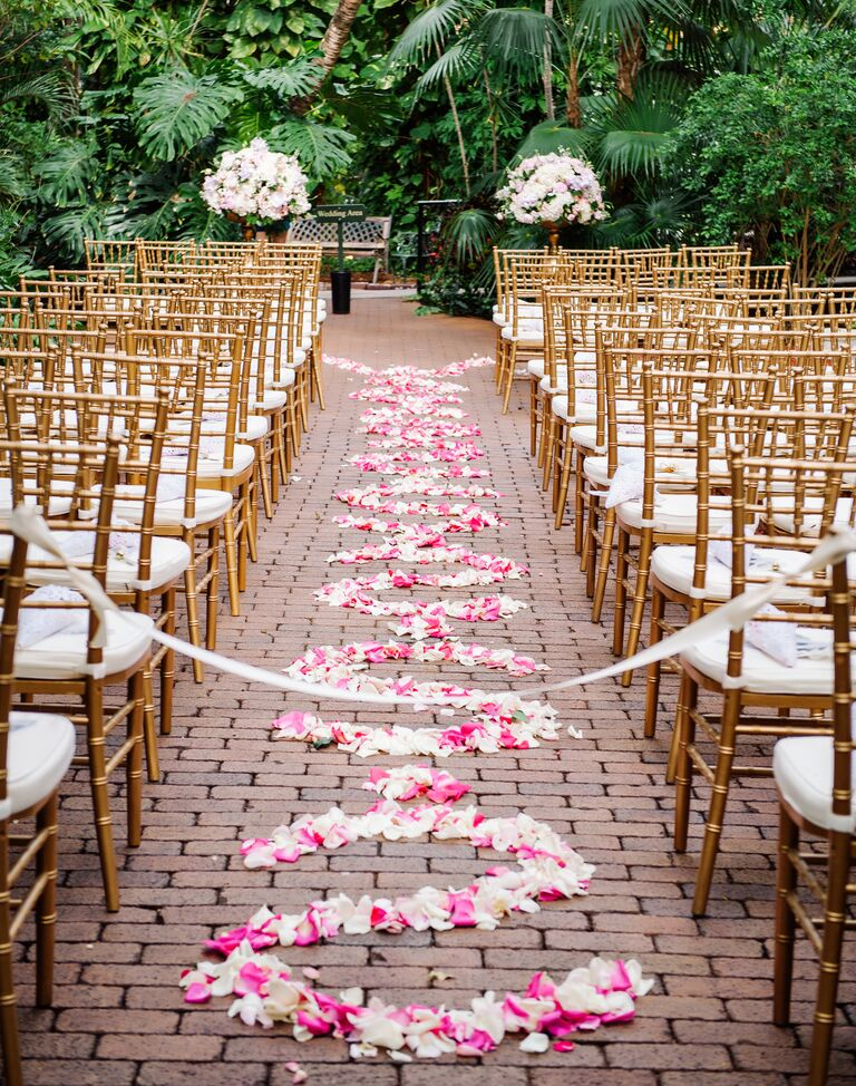 wedding ceremony aisle decor the 7 best ways to decorate your wedding ceremony aisle 8944