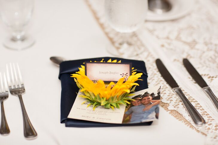 Sunflower Place Setting Decor