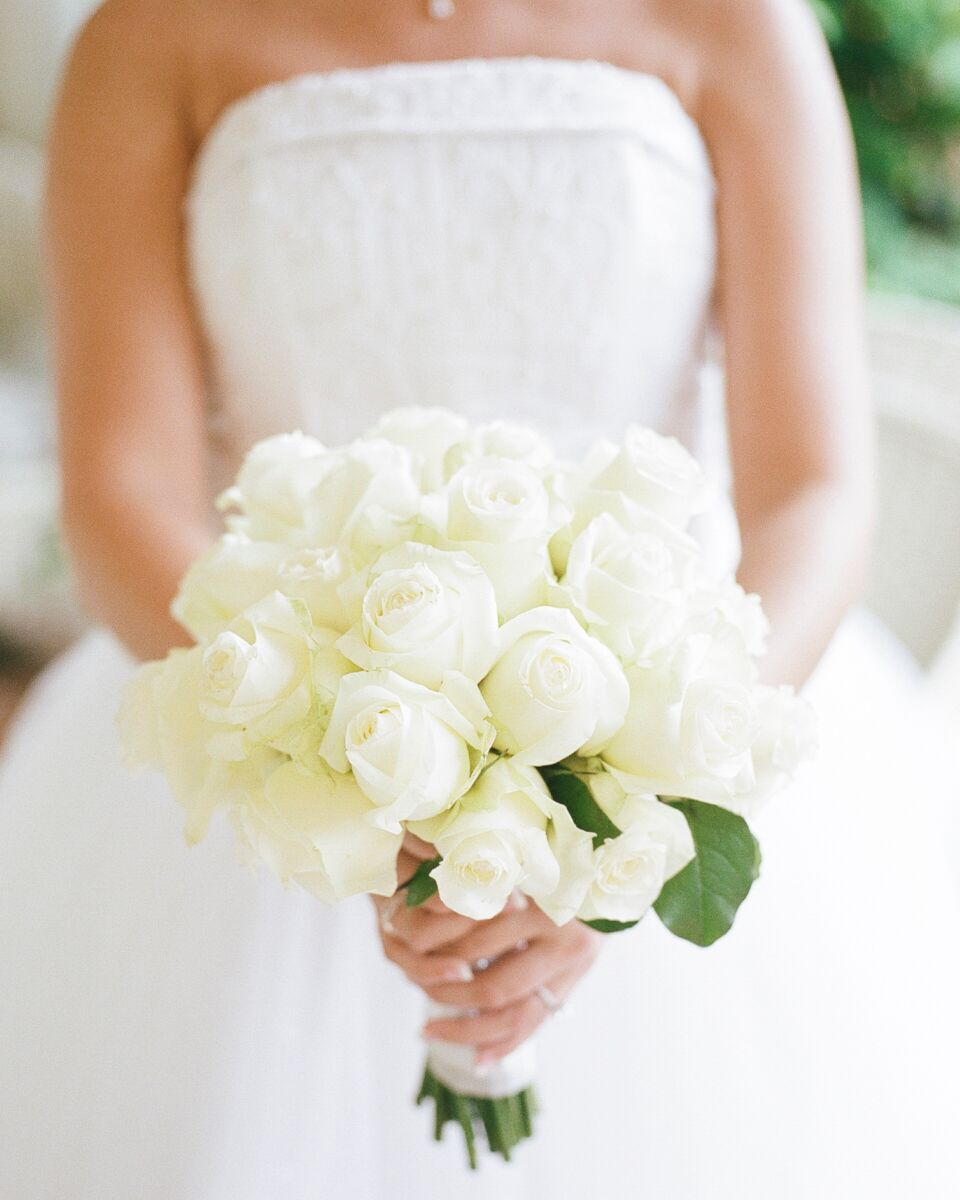 Wedding White Roses: Solid White Rose Bridal Bouquet