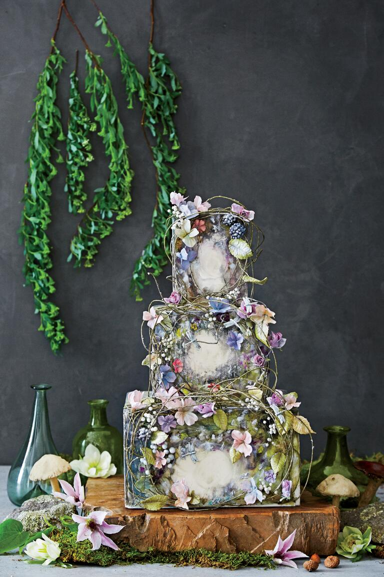 5 famous ballet inspired maggie austin wedding cakes. Black Bedroom Furniture Sets. Home Design Ideas