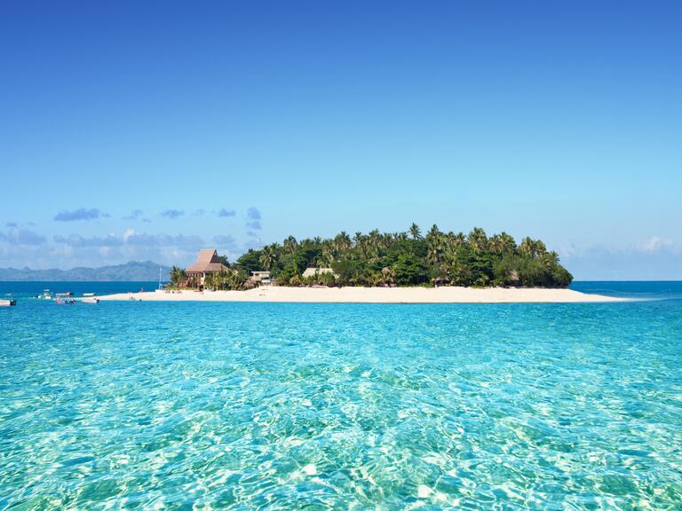 Far-Flung wedding destination: Fiji