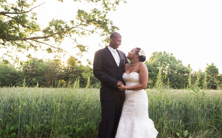 A Green and Blue Wedding at a Private Residence in Henderson, North ...