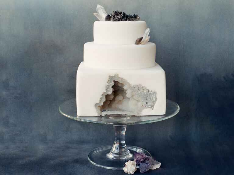 White geode wedding cake made by SainteG.com
