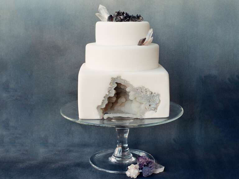 Wedding colors themes ideas advice how to get in on the geode trend for your wedding junglespirit Gallery