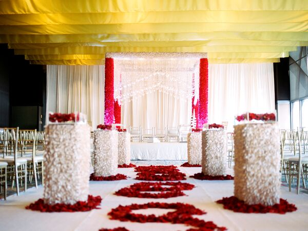 Glamorous Indian Wedding Decorations Accents