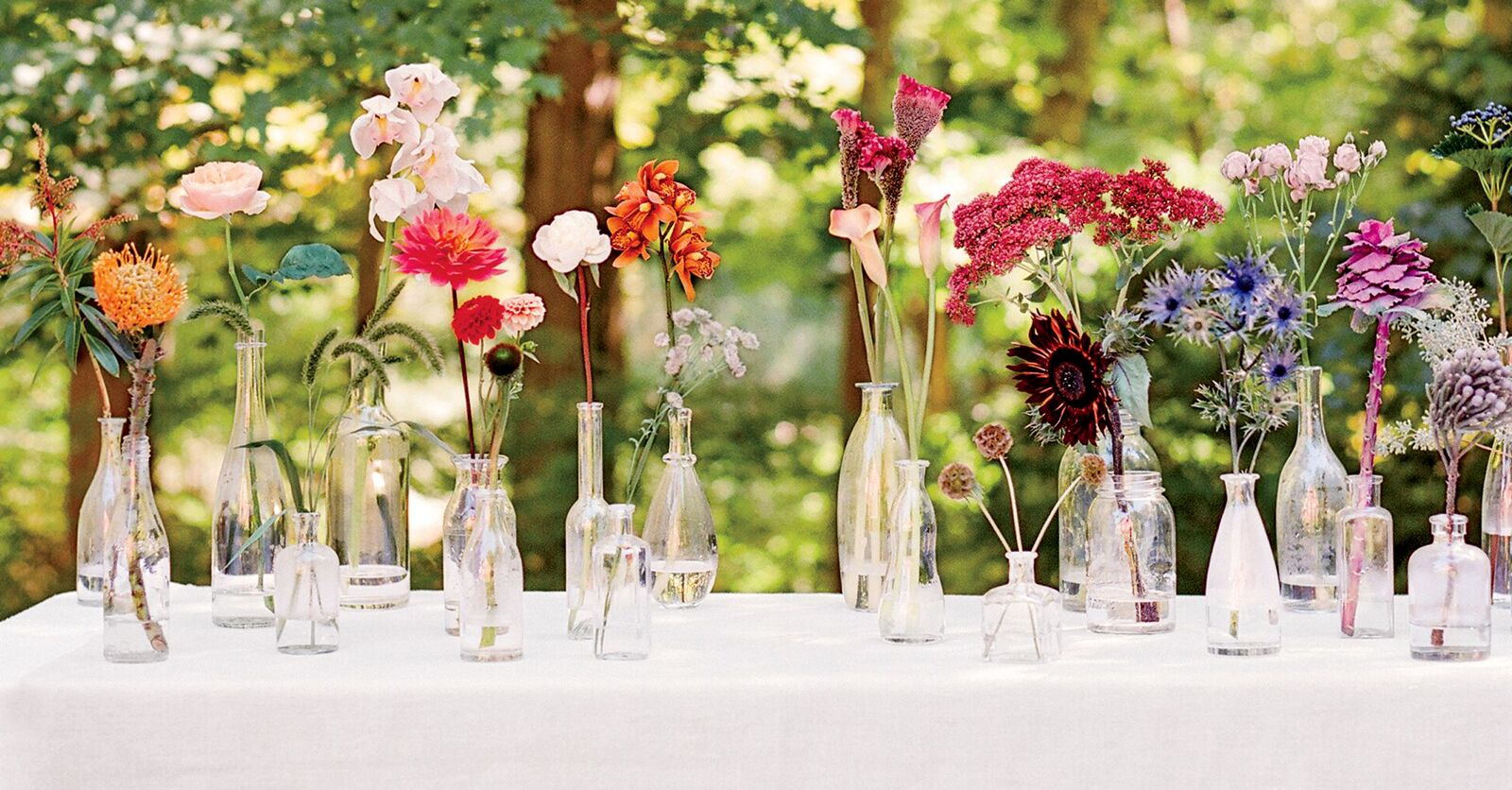 20 Heat-Resistant Flowers For An Outdoor Wedding