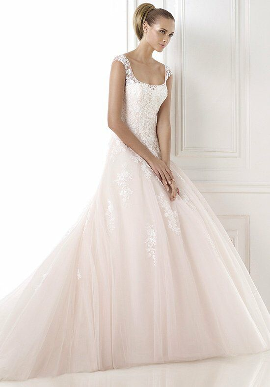 PRONOVIAS Bia Wedding Dress photo