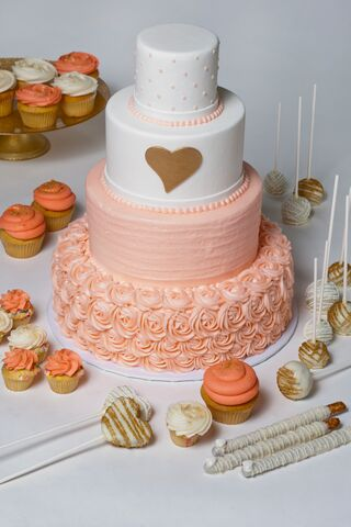 sweet girls cakery wedding cupcakes and cakes cincinnati oh