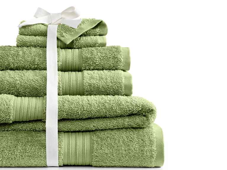 Lacoste towels