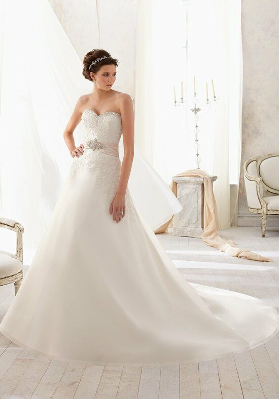 Blu by Madeline Gardner 5207 Wedding Dress photo
