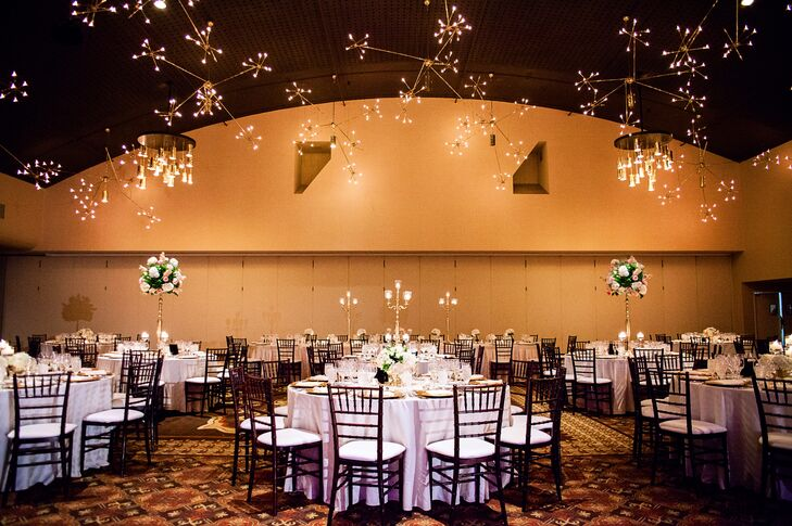 Jennifer And Michael Had Their Reception At The Chase Park Plaza They Decorated With Gold
