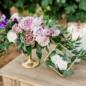 Purple Wedding Flower Arrangements
