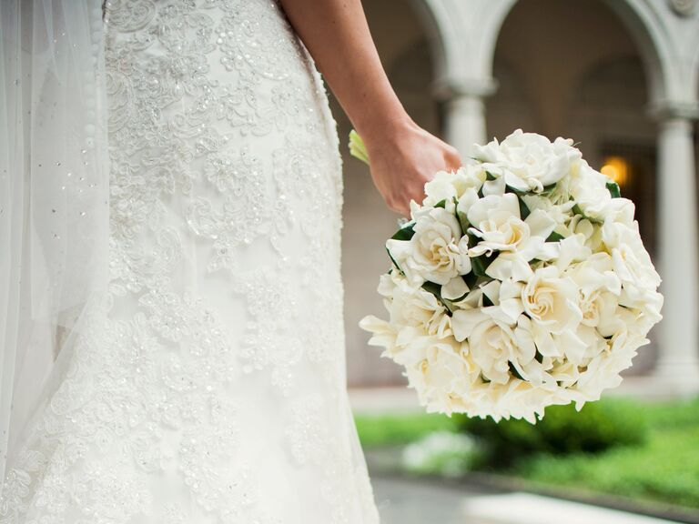 White dress in wedding meaning of flowers