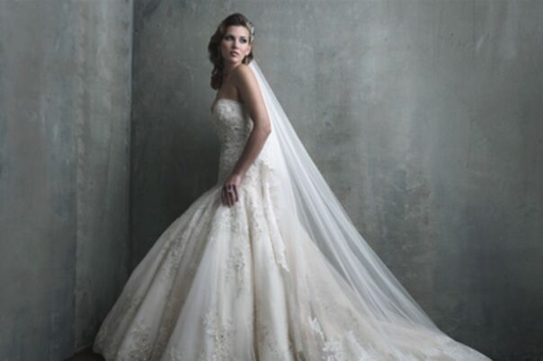 Bridal salons in canyon country ca the knot for Wholesale wedding dresses los angeles