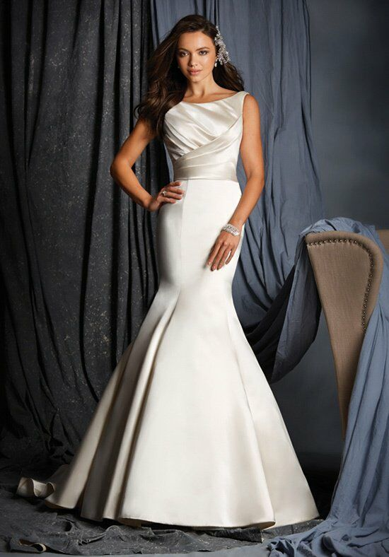 Alfred Angelo Signature 2509 Wedding Dress photo