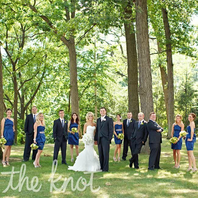 An elegant outdoor wedding in toledo oh for Cocktail dress for outdoor wedding