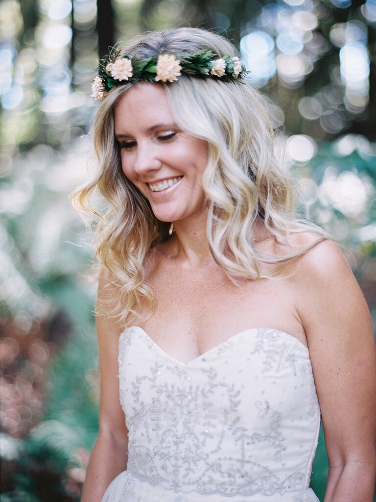22 bridal flower crowns perfect for your wedding woodland wedding flower crown dhlflorist Images