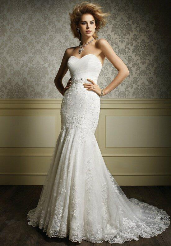 Alfred Angelo Sapphire 887NB Wedding Dress photo